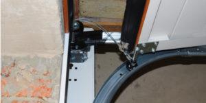 Garage Door Cable Broke: What Should I Do?
