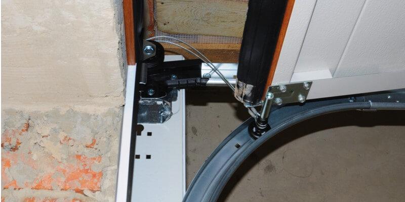 garage door cable broke - Supreme Garage Door Repair