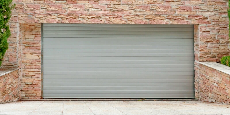 Overhead garage door - Supreme Garage Door Repair