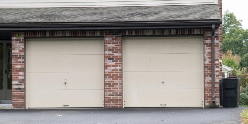 garage door off track service - Supreme Garage Door Repair