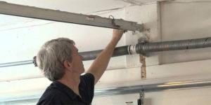 Garage Door Opener Bracket Repair – Often Underestimated